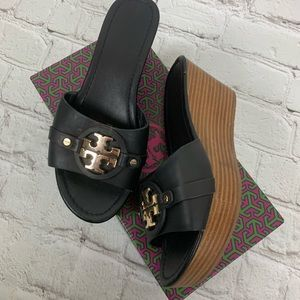 Tory Burch Slip On Black Wedge Size 8 With Box